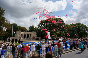 Centenary of the outbreak of World War I - Balloon release at the Reims War Memorial in the Place de la République