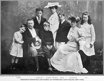 Roosevelt family at Oyster Bay, circa 1903 Review of reviews and world's work (1890) (14597436840).jpg