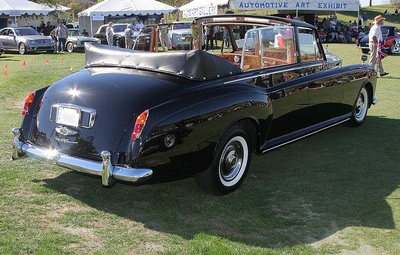 Rolls Royce Phantom V State Landaulette 1966.jpg