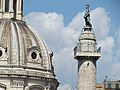 Roma, Colonna Traiana, San Pietro.jpg