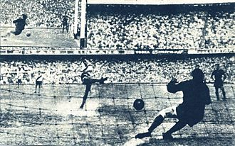 Alberto Armando - One of Armando's first drafts, goalkeeper Antonio Roma, deflects a River Plate goal in 1962, resulting in Boca's first championship in eight years.