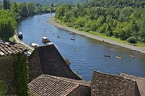 Français : La Dordogne à La Roque-Gageac. Gaba...