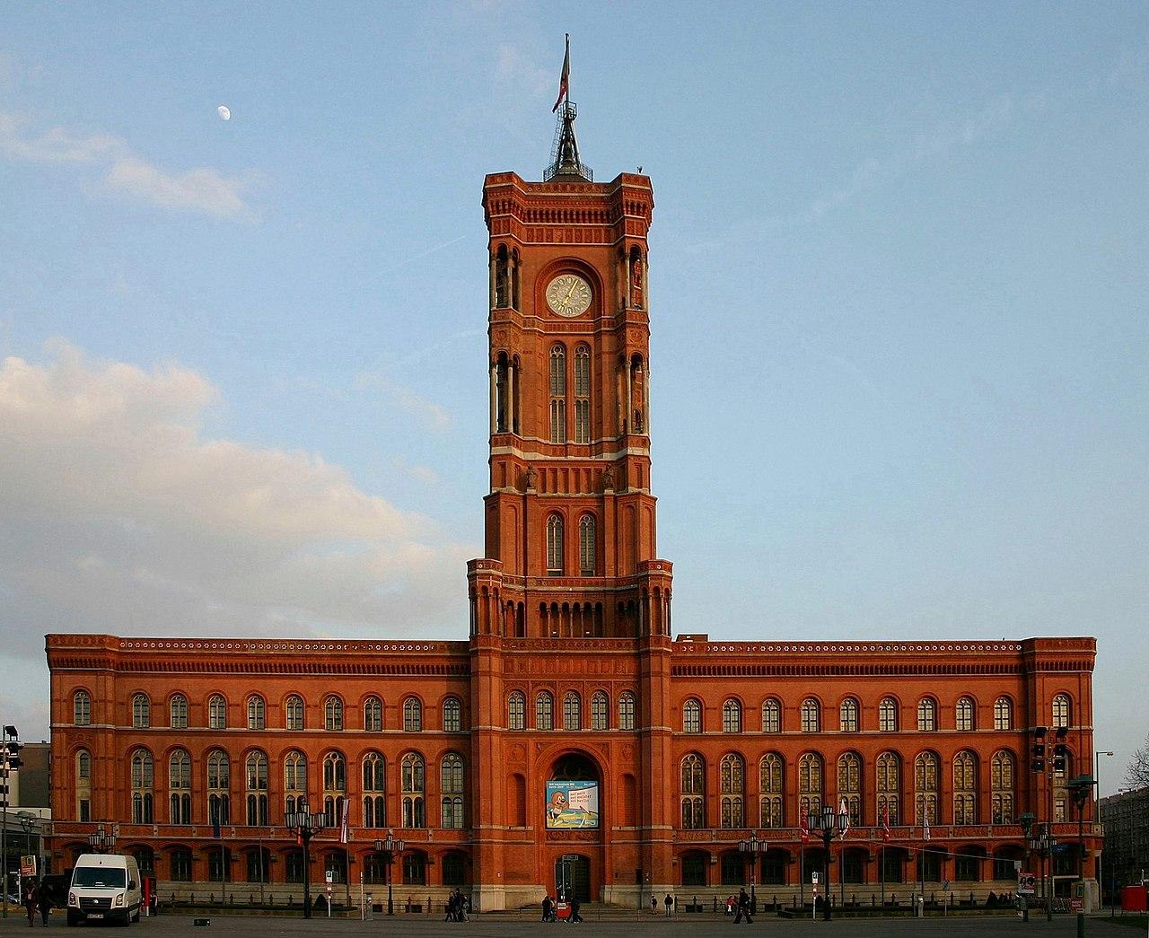 Rathaus der Stadt Berlin und Sitz der Senatskanzlei des Landes Berlin