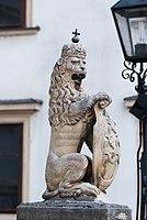 Royal lion (14325307942).jpg