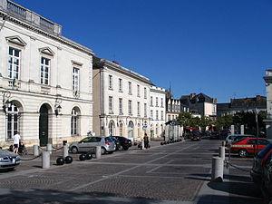 Sablé-sur-Sarthe - The town hall of Sablé in Raphaël Élizé square.