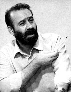 Sadegh Ghotbzadeh - Ghotbzadeh during trial defends self