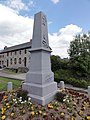 Saint-Remy-Chaussée (Nord, Fr) monument aux morts.jpg