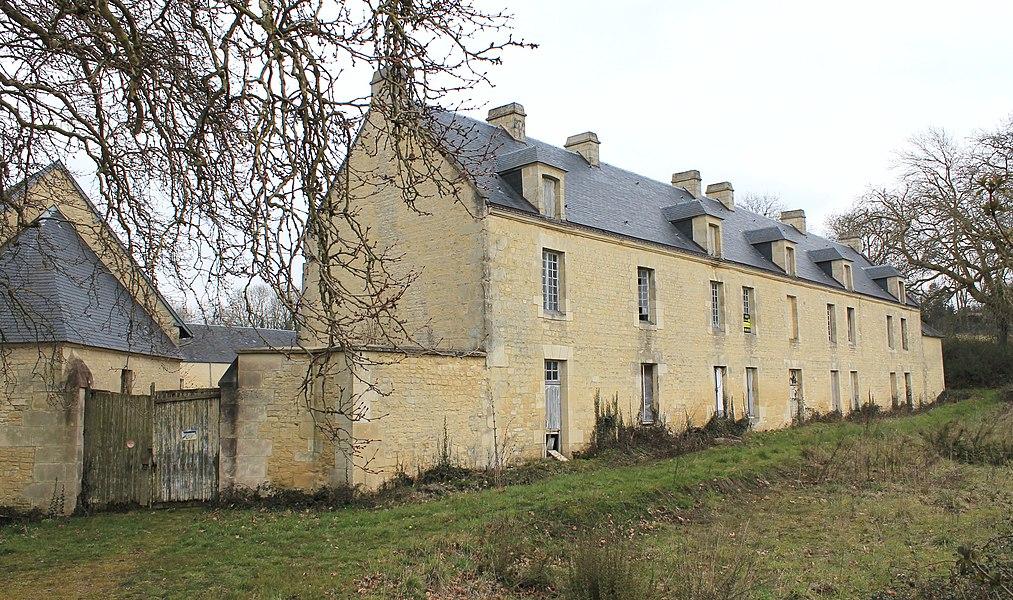L'Hôtel Fortuné à Sainte-Croix-Grand-Tonne (Calvados)