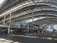Saitama-Shintoshin Sta.-concourse 20151101a.jpg