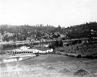 Deer Harbor, Washington - George W. Hume Co. and Deer Harbor Fisheries Co. salmon canneries at Deer Harbor, 1919