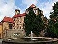 Schloss-droyssig-frontansicht.jpg