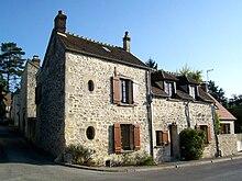 220px-Senlis%2C_faubourg_de_Villevert%2C_pr%C3%A8s_du_calvaire_de_Villevert dans VILLAGES de FRANCE