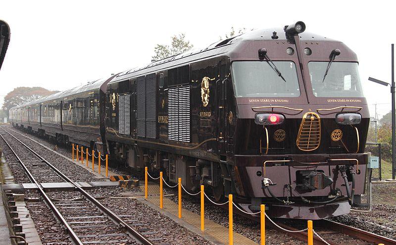 Nyaralás a vonaton: Hétcsillagos élmény Japánban