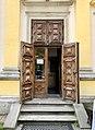 Side door to Wilanów Palace, Poland, 2019.jpg