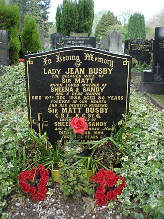 Matt Busby - Image: Sir Matt Busby Grave