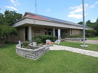 Smithville, Texas - Image: Smithville TX City Hall