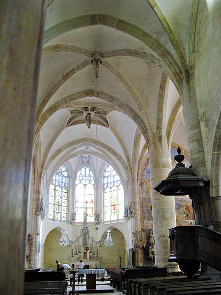 Soulaines-Dhuys: nef de l'église Saint-Laurent