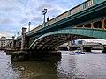 Southwark Bridge, Bankside, London.jpg
