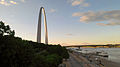 St Louis Gateway Arch and riverfront (HDR1).jpg