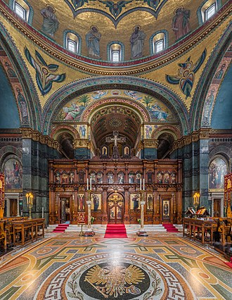St Sophia's Cathedral, London - The iconostasis in front of the altar