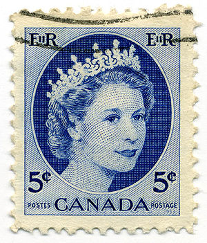Canadian royal symbols - A 1954 Canadian stamp bearing an image of Elizabeth II
