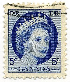 Canadian royal symbols - A 1954 Canadian stamp bearing an image of Elizabeth II