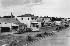 Inglewood, Queensland - Looking east along Albert Street in Inglewood, 1951