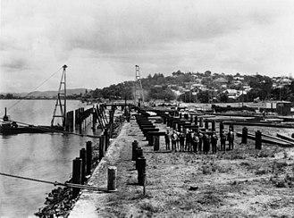 Bretts Wharf - Original Bretts Wharf under construction in 1929.