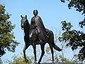 Statue equestre de la reine Elisabeth II.jpg