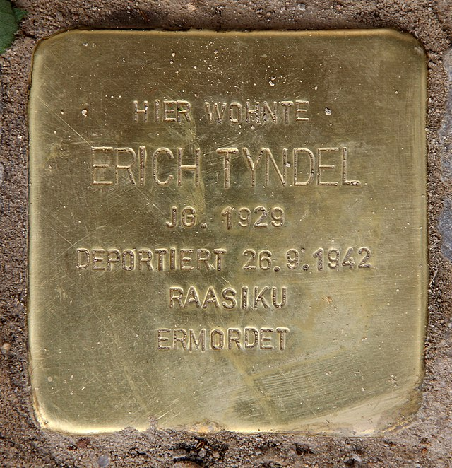 Photo of Erich Tyndel brass plaque