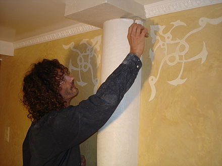 Applying stucco Stuc a la chaux, sgraffito, Stephane Baron.JPG