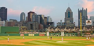 2008 Pittsburgh Pirates season - Pirates play the Cincinnati Reds at an evening game in August 2008