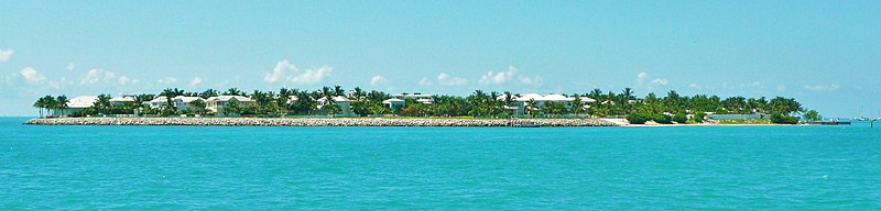 small and quiet beach - Picture of Sunset Key Cottages, Key West ...