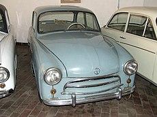 Prototypowa Syrena z 1955 r., eksponat Muzeum Przemysłu