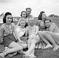 Tableau, men, women, bathing suit, excursion Fortepan 16712.jpg