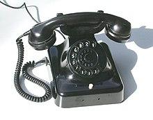 wie stellt man sich am telefon vor