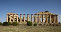 Temple E Selinunte914.jpg