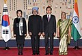 The Prime Minister, Dr. Manmohan Singh and his wife Smt. Gursharan Kaur with the South Korean President, Mr. Lee Myung-bak and his wife Mrs. Kim Yoon-ok, at the ceremonial reception, in Seoul on March 25, 2012 (1).jpg