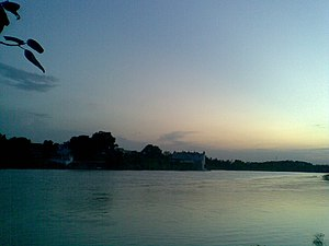Gomti River - The banks of the Gomti in Jaunpur