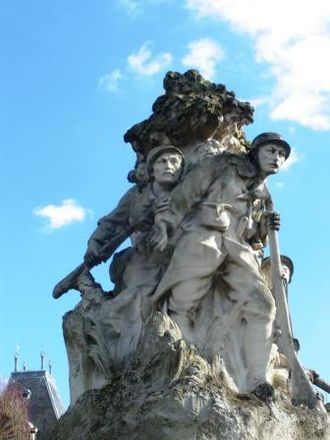 War memorials (Western Somme) - The war memorial at Abbeville by Leclabart