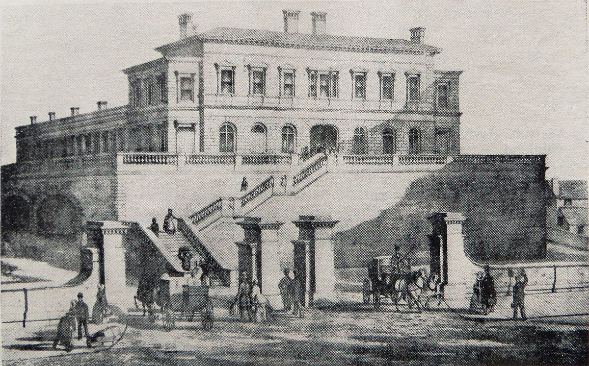 Halebank railway station