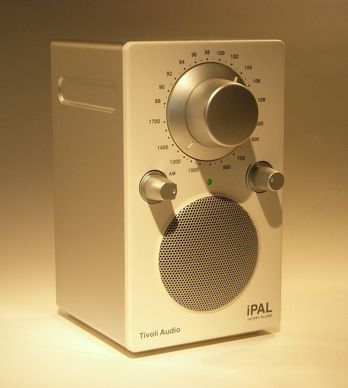 Tivoli Audio on tivoli audio model cd player