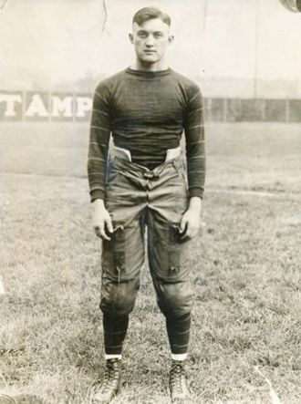Tom Davies (American football) - Davies in 1921
