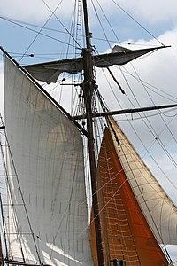 Tonnerres de Brest 2012 - 120716-063 Étoile de France.jpg