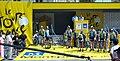Tour de France - Etape 4 - Montpellier - Avant le départ de l'équipe Astana by Mikani edit.JPG