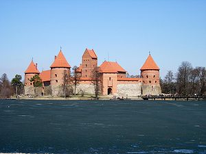 Lowland castle - Trakai Castle (Lithuania), an island castle