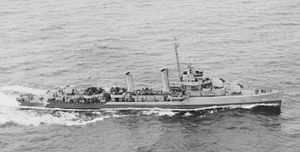 USS Glennon (DD-620) underway circa in 1943.