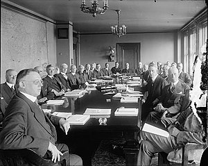 Federal Reserve Board of Governors - Board of Governors meeting January 1, 1922.