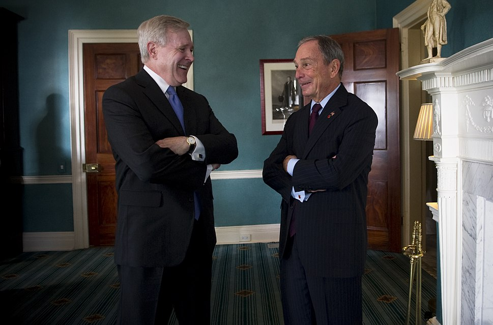 US Navy 110526-N-UH963-008 Secretary of the Navy (SECNAV) the Honorable Ray Mabus and New York City Mayor Michael Bloomberg share a laugh prior to.jpg