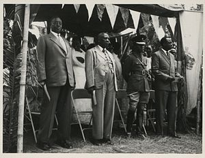Omugabe - At the signing of an agreement in Kabarole, Toro, Uganda, late 1950s, between the British governor, Sir Frederick Crawford  and the Omukama of Toro are shown four other rulers of Ugandan kingdoms, from left to right: The Omugabe of Ankole, Omukama of Bunyoro, the Kabaka of Buganda, and the Won Nyaci of Lango